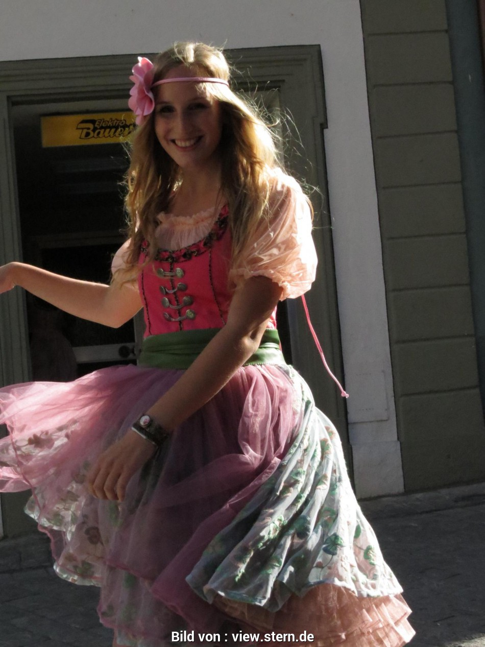 Ideal Dirndl Lirium Bamberg