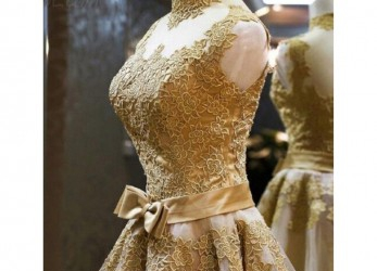 Ideal Vintage Kleid Gold